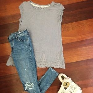 Grey shortsleeved t with lace detailing